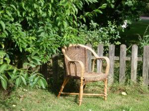 gite-normandie_les-petits-matins-bleus_fauteuil